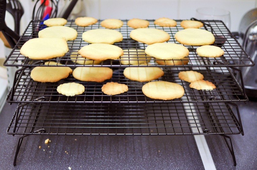 Baked shortbread cooling